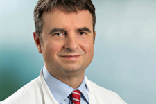 Prof. Dr. Karsten Krakow (German Board Certified)