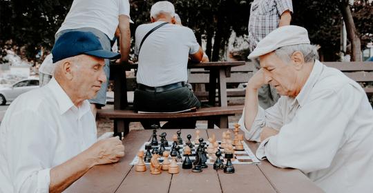 Dementia – Symptoms, Stages, Diagnosis & Treatment